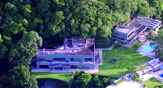 A residência carioca estaria avaliada em cerca de R$ 30 milhões