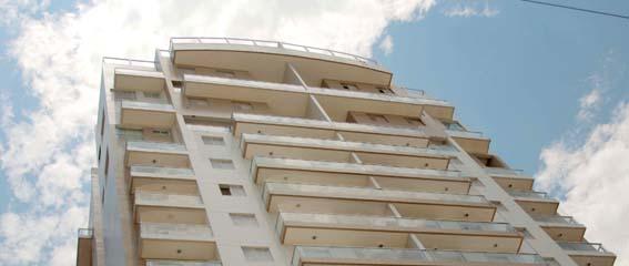 Luxo à beira mar bancado pela OAS