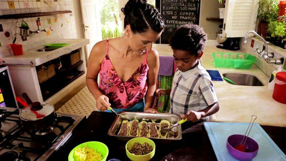 Atividades que poderão ajudar você e a sua família a adotarem hábitos alimentares mais saudáveis