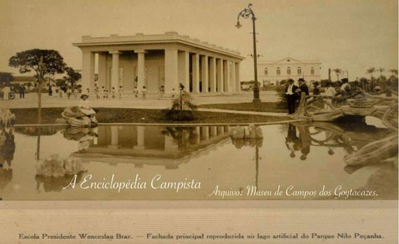 """""""Fica creada na cidade de Campos, uma escola do typo ao 'Ar Livre'"""""""
