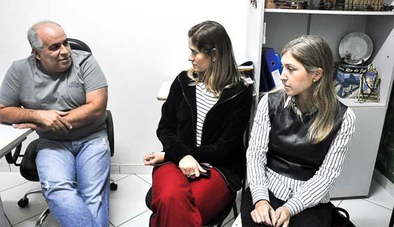 As oftalmologistas Aline Linhares, Carolina Vecchia de Souza e Renata Catem esperam atender cerca de 450 idosos