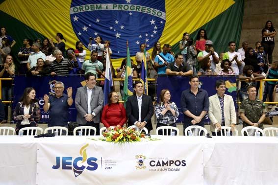 O prefeito Rafael Diniz abriu oficialmente os jogos