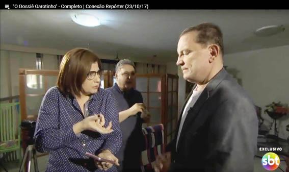 """Rosinha """"impediu"""" que Garotinho mostrasse um pen drive para Cabrini. Comédia pastelão com péssimos atores"""