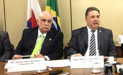 Garotinho e seu líder Antônio Carlos Rodrigues Presidente do PR