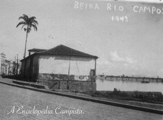 O antigo trapiche, ainda de pé em 1943